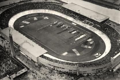 Luchtfoto van het Olympisch Stadion te Amsterdam; 1928.