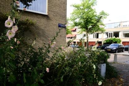 Cannenburg in Buitenveldert. Garagewoningen. Foto: Victorien Koningsberger.