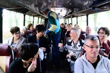 Op excursie met de Eagle-bus van de NZH uit de jaren zestig. Foto: Victorien Koningsberger.