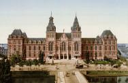 Het Rijksmuseum rond 1895. Foto: Wikimedia.
