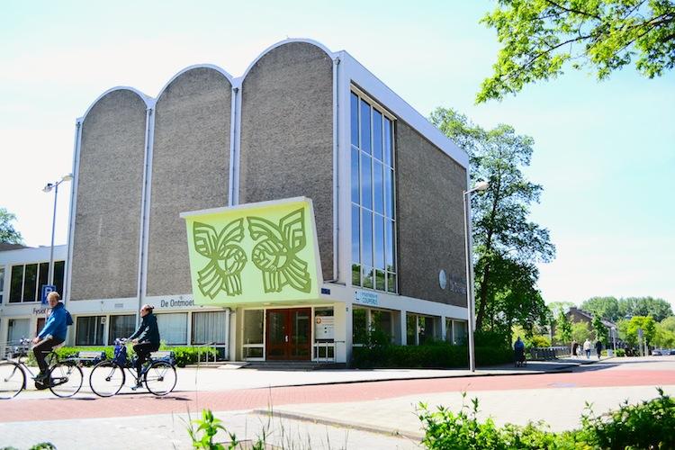 Kerkgebouw De Ontmoeting. Foto: Victorien Koningsberger.
