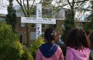 Herdenking Haarlemmerweg bij monument Elias-Verkuyl-Verkuyl.