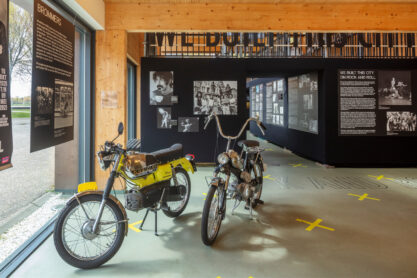 Tentoonstelling We built this city on Rock and Roll - Foto Luuk Kramer