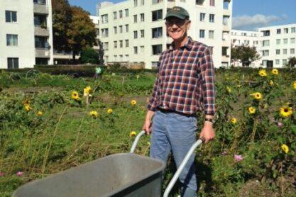 Arnold van der Valk emeritus hoogleraar Landgebruiksplanning van Wageningen UR, in zijn natuurlijke habitat